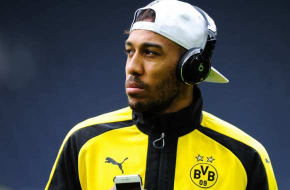 Accord entre Aubameyang et Paris ?