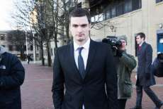 Adam Johnson postule pour un job en prison