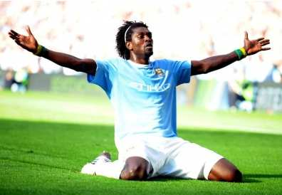 Adebayor devrait rester à City