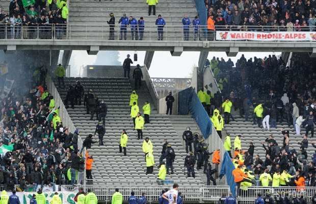 Agression d'un supporter st�phanois
