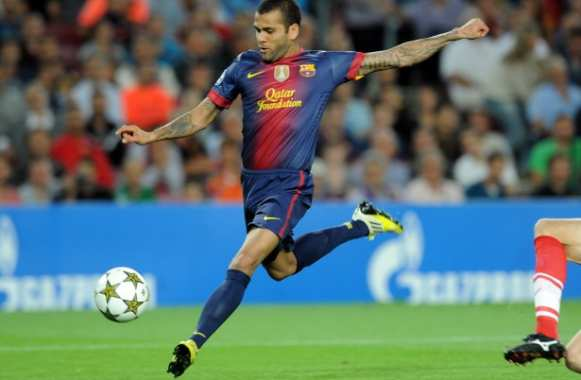 Alves blessé à son tour