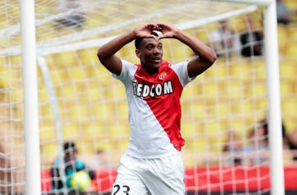 Anthony Martial prolonge avec Monaco