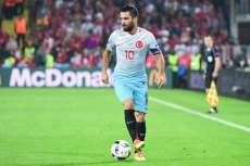 Arda Turan prend sa retraite internationale