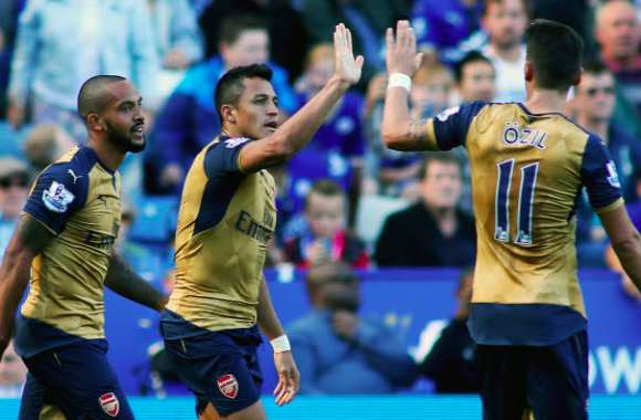 Arsenal corrige Leicester