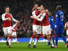 Arsenal et ses recrues explosent Everton