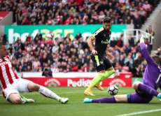 Arsenal s'amuse à Stoke