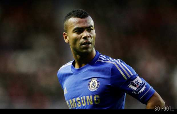 Ashley Cole descend ses attaquants