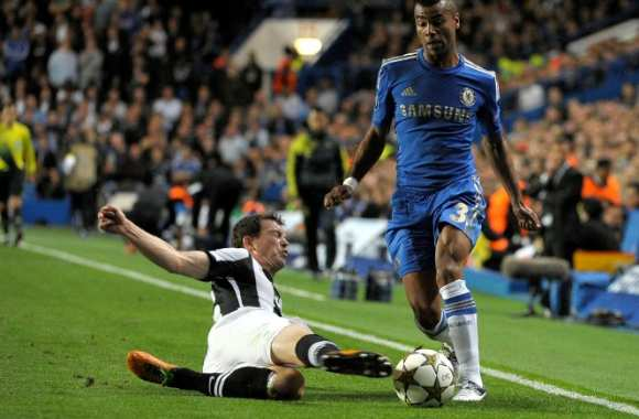 Ashley Cole insulte la FA