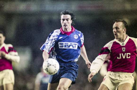 Avril 1994, PSG-Arsenal : David Ginola largue Lee Dixon. Matt Pokora n'a alors que huit ans.
