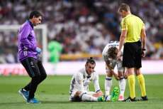 Bale absent trois semaines