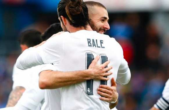 Bale sort le Real du trou