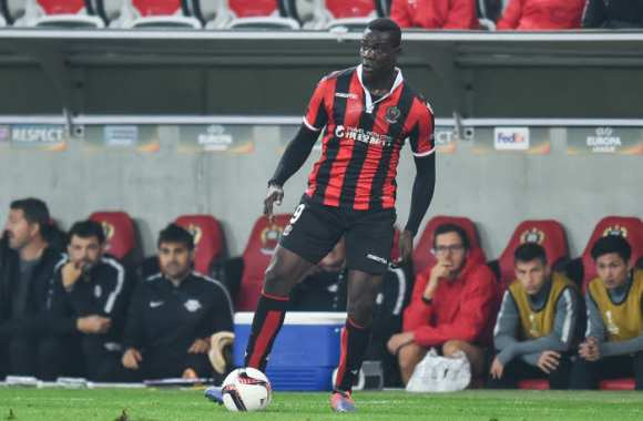 Balotelli pense que le titre est « possible »