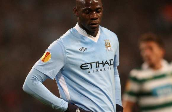 Balotelli se paye l'escort-girl de Rooney