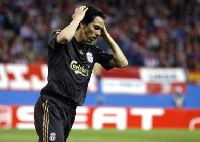 Benayoun out six mois