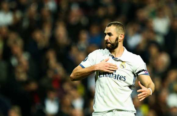 Benzema égale Thierry Henry