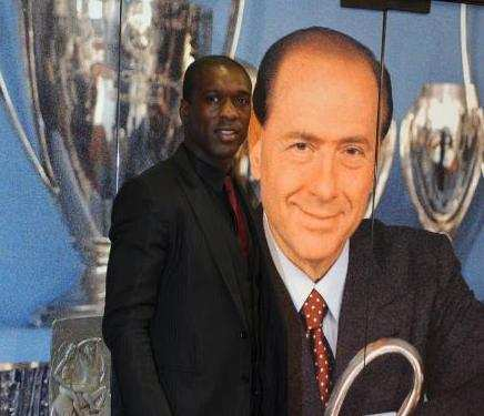 Berlusconi aime Seedorf
