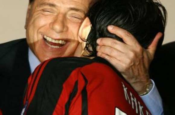 Berlusconi attend Kakà