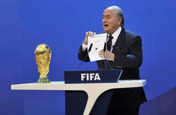 Blatter défend Dilma Roussef