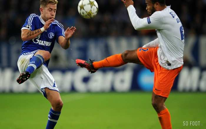 Bocaly (Montpellier) face à Holtby (Schalke 04)