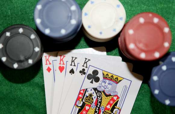 Bons plans Poker : 160€ Offerts en Avril !