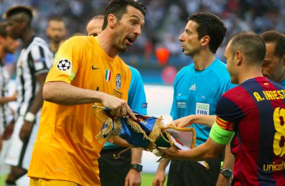 Buffon aime Joe Hart
