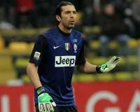 Buffon prolonge � la Juve !