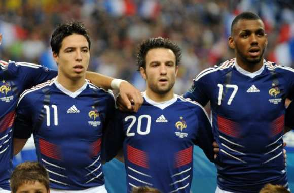 ¿Cuánto mide Mathieu Valbuena? - Altura - Real height Img-c-est-qui-le-17-1443022436_580_380_center_articles-177418
