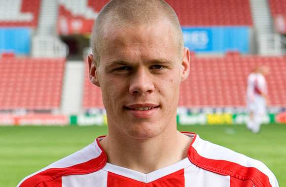 Capello récompense Shawcross