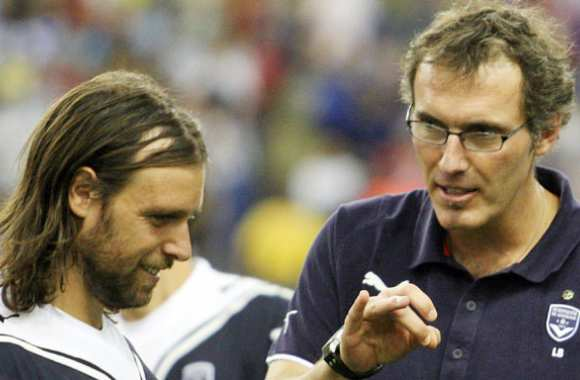 Cavenaghi taille Laurent Blanc