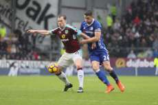 Chelsea coince à Burnley