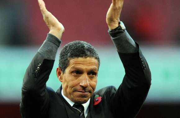 Chris Hughton nouveau coach de Norwich ?
