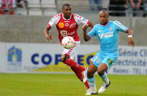 Christopher Glombard (Reims) contre Andre Ayew (Marseille)