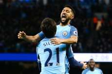 City s'en sort, Sunderland accroche Liverpool