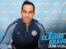 Claudio Bravo officiellement à Manchester City