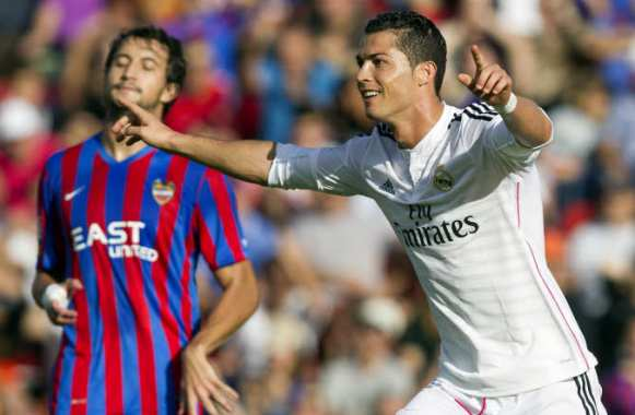 CR7, double buteur contre Levante