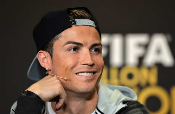 Cristiano, qui regarde le Ballon d'Or