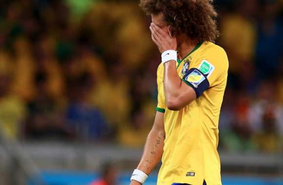 David Luiz, détruit.
