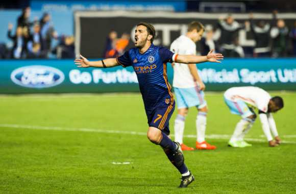 David Villa prolonge d'un an à New York