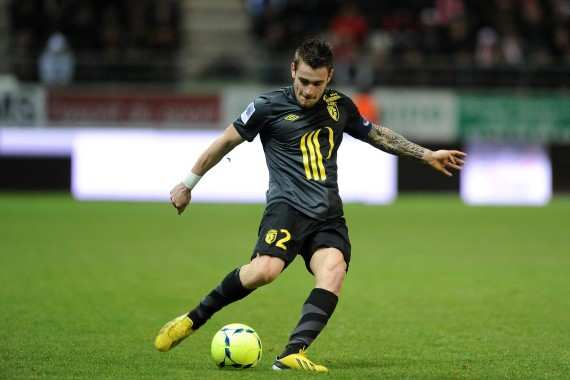 Debuchy rejoint Newcastle