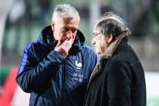Deschamps prolongé en cas de qualification pour le Mondial