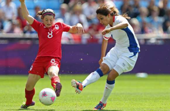 Diana Matheson (Canada) contre Louisa Necib (France)