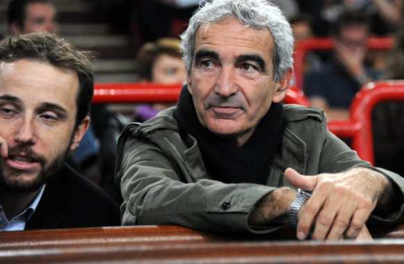 Domenech face aux journalistes