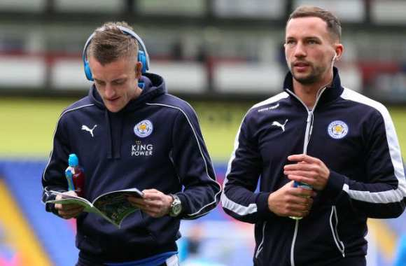 Drinkwater rend hommage à Vardy