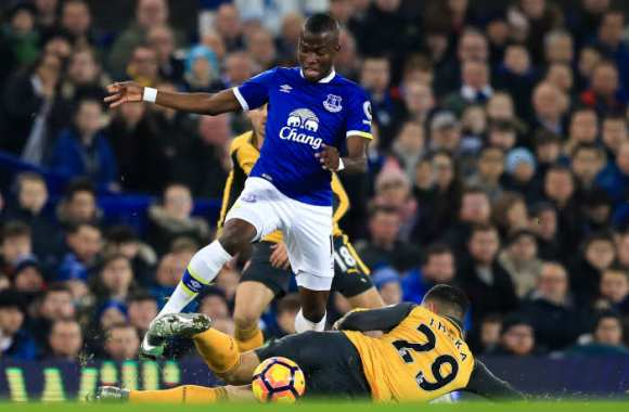 Everton se paie Arsenal, Leicester cale encore