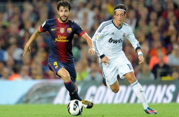 Fabregas (Barcelone) Ozil (Real Madrid)