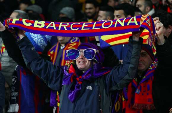 Fan barcelonais à l'Emirates