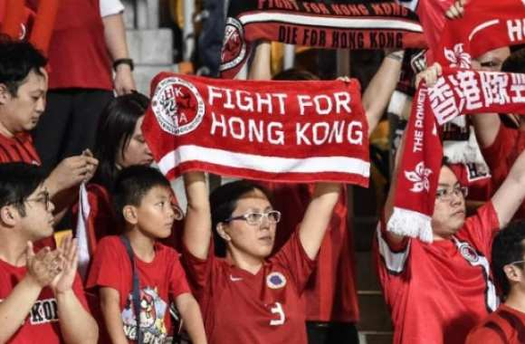 <i>Fight for Hong Kong !</i>