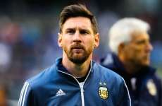Folie : Messi annonce qu'il prend sa retraite internationale
