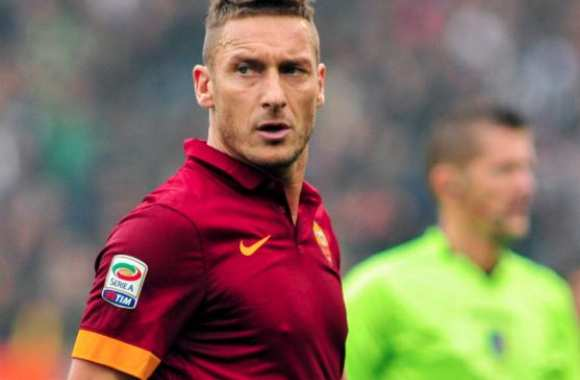 Francesco Totti et son 240e but