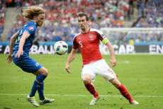 Fuchs prend sa retraite internationale